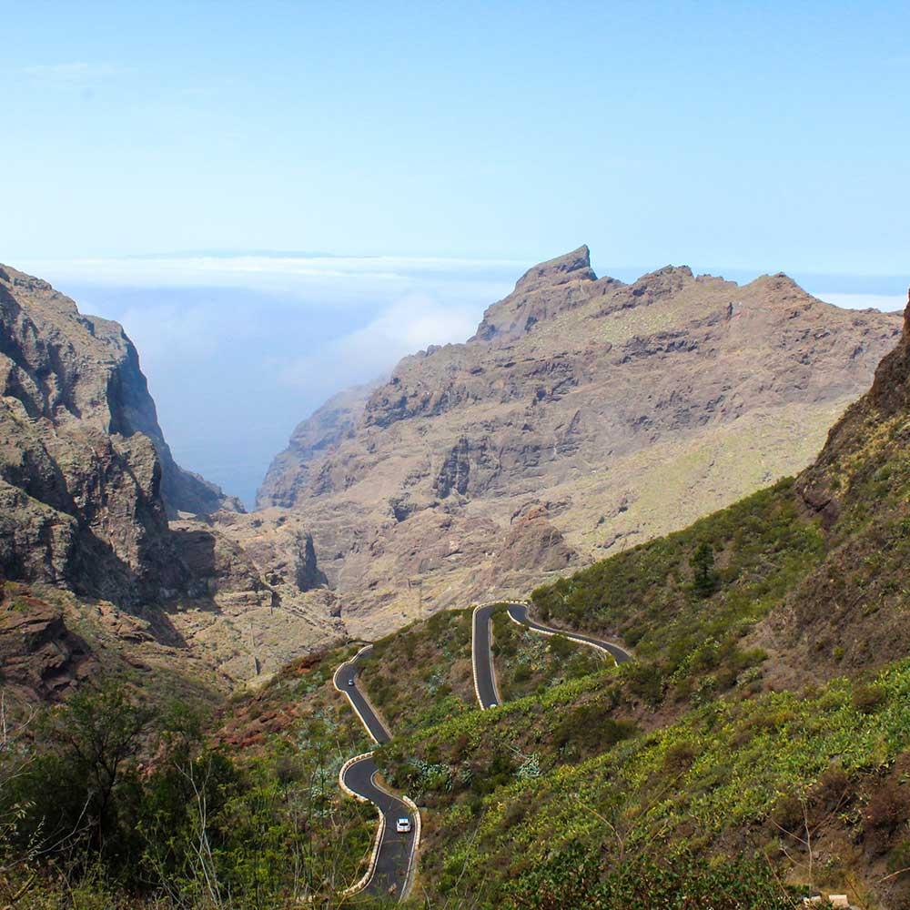 Tenerife se vende sola, necesitas una agencia de marketing online que ayude a vender a tu empresa?